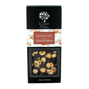 Tabletă de ciocolată cu lapte și alune de pădure